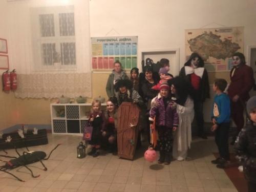 Halloween ve škole